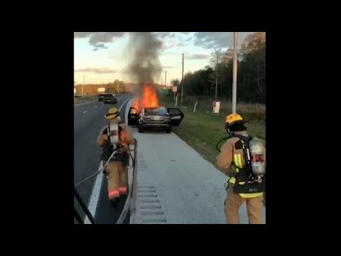 Διάσωση χριστουγεννιάτικου δώρου στη Φλόριντα από πυροσβέστες…