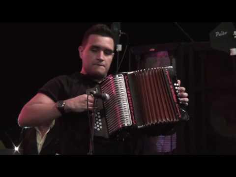 El PapÁ De Los Amores - (en Vivo) Peter Y Sergio Luis