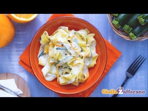 pappardelle zucchine trifolate e crema di ricotta all'arancia - ricetta
