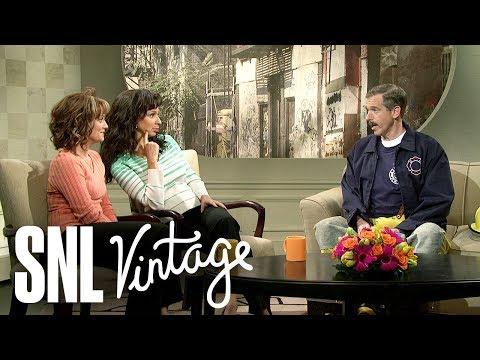 Bronx Beat: Brian Williams - SNL - Thời lượng: 5 phút, 52 giây.
