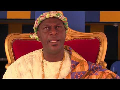 COTE D'IVOIRE: GBADJE FESTIVAL - LE CHEF DU VILLAGE DE BAROUHIO