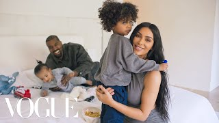 Video 73 Questions With Kim Kardashian West (ft. Kanye West) | Vogue MP3, 3GP, MP4, WEBM, AVI, FLV September 2019