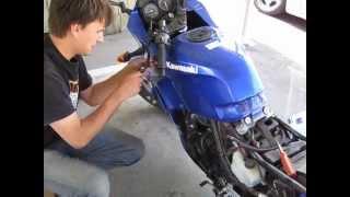 10. 2006 Kawasaki Ninja 250R Valve Adjustment How to Part 1/2