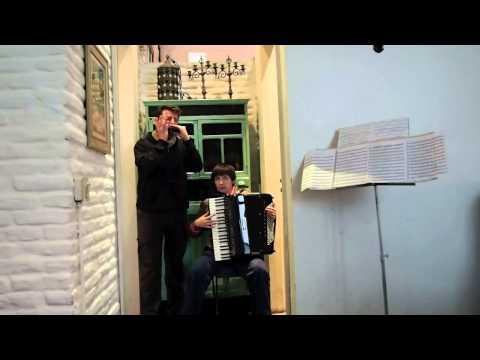 Tangoleon : clip La Panthère Maudite à Buenos Aires, octobre 2012.mov