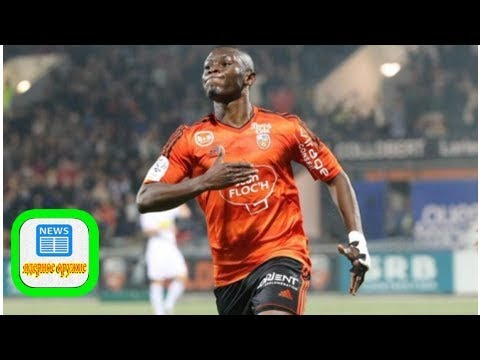 Fc porto leads race to sign majeed waris