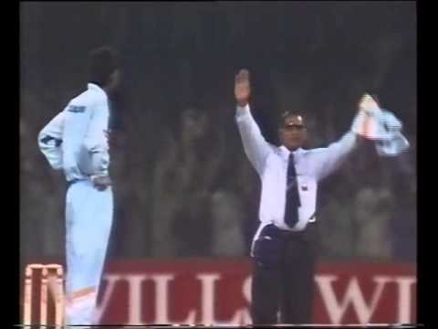 Ijaz Ahmed 139* off 84 balls vs India