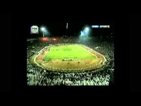 Salida De Colo Colo Final Sudamericana 2006 - Garra Blanca - Colo-Colo