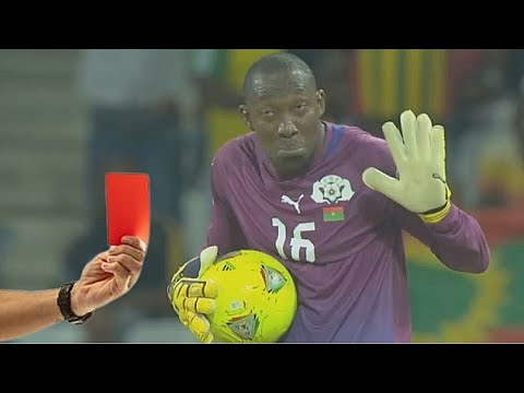 20 Expulsiones Más Locas De Los Porteros ● 20 Unforgettable Red Cards For Goalkeepers 2020
