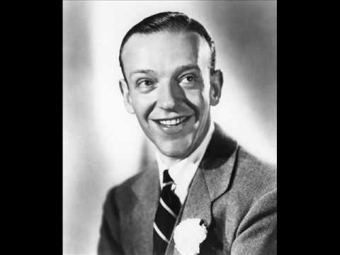 Tekst piosenki Fred Astaire - A Foggy Day po polsku