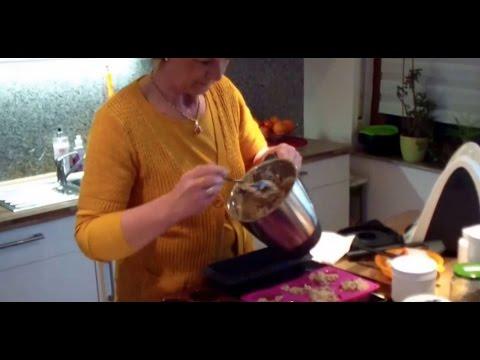 Brot selbst backen: Abnehmen mit Eiweissbrot, für die Diät selber machen
