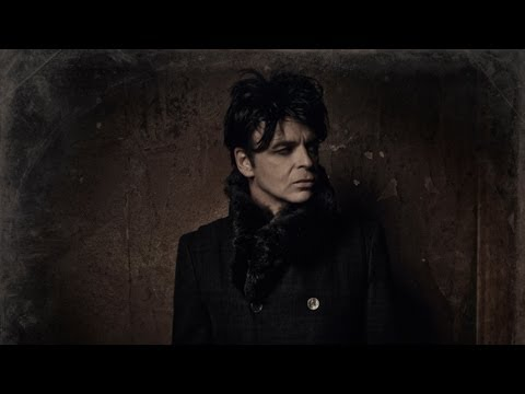 Gary Numan- I am Dust