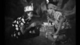 P.Ramlee film - Nujum Pak Belalang Clip
