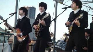 """Download Lagu Abbey Road - """"I Want To Hold Your Hand"""" @ Santa Monica Pier Mp3"""
