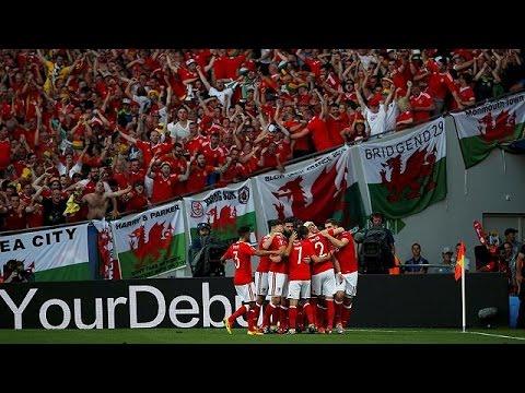 Euro 2016: Πανηγυρίζουν Ουαλοί και Άγγλοι