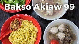 Video Bakso Akiaw 99 - Beef Meatballs and Noodles | Indonesian Food in Jakarta, Indonesia MP3, 3GP, MP4, WEBM, AVI, FLV Februari 2018