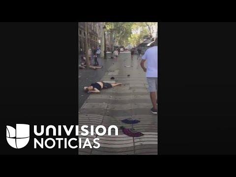 Las fuertes imágenes justo después del atentado terrorista en el centro de Barcelona