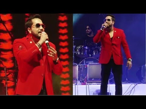 Mika Singh Performing Live At Inauguration Of Mumbai Fest 2018