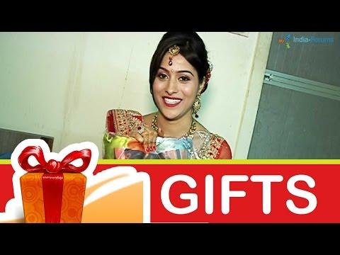 Aparna Dixit's Gift Segment