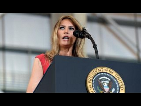 Left attacks first lady over reciting 'The Lord's Prayer' (видео)