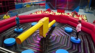 Wipeout challenge - Cole and Millie @ Red Kangaroo