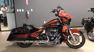 8. 953285   2017 Harley Davidson CVO Street Glide   FLHXSE