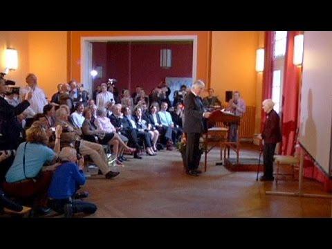 Γερμανία: Γυναίκα ανακηρύχθηκε διδάκτορας στα 102