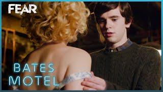 Nonton Norma Tells Norman S Secret   Bates Motel Film Subtitle Indonesia Streaming Movie Download