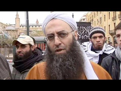 Λίβανος: συνελήφθη ο κληρικός Σεΐκ Αχμέτ Αλ Ασίρ.