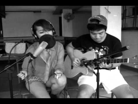 calip - Glory Box- Portishead [Live Cover] Aldrice Chincuanco x Luxe Calip Video recorded live at the Banico Beach House 2F. Free download of the cover at http://sou...