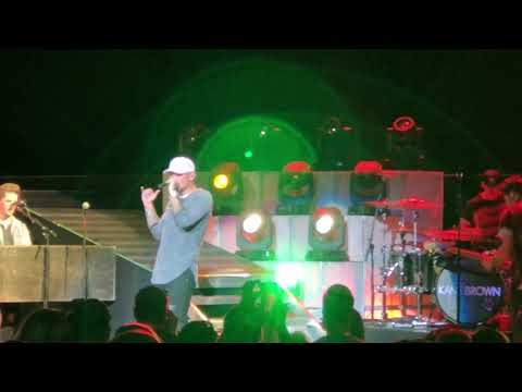 Video Kane Brown - Lose It LIVE 9/29/18 at The Mann in Philadelphia, PA download in MP3, 3GP, MP4, WEBM, AVI, FLV January 2017