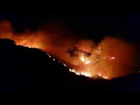 Γκραν Κανάρια: Ανεξέλεγκτη η μεγάλη φωτιά