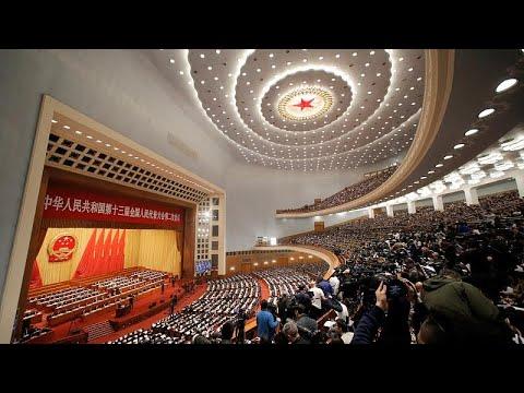 Χαμηλότερη ανάπτυξη για το 2019 – Έτοιμο για «σκληρή μάχη» το Πεκίνο…
