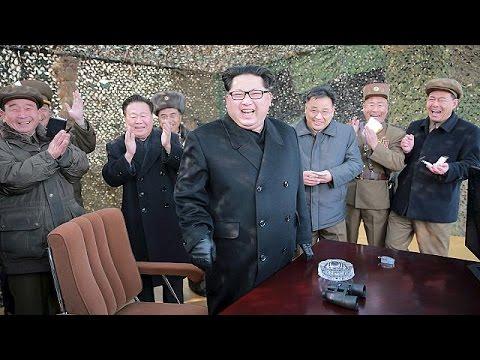 Με πυρηνικά αντίποινα απειλεί η Β. Κορέα