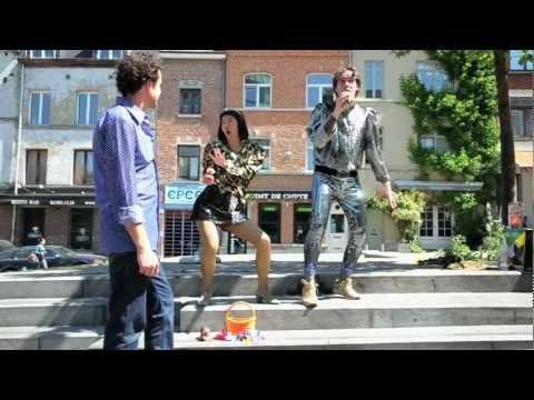 Alek et Les Japonaises - Tarjeta de fidelización [Official Video]