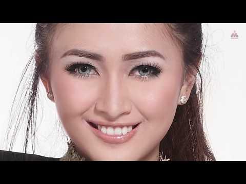 Download Lagu Maisaka - Srigala Berbulu Domba (Official Lyric Video) Music Video