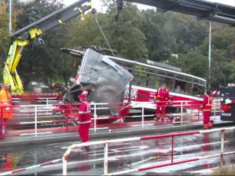 Nehoda tramvají 19 9 2011, prazske tramvaje nehoda, tram crash