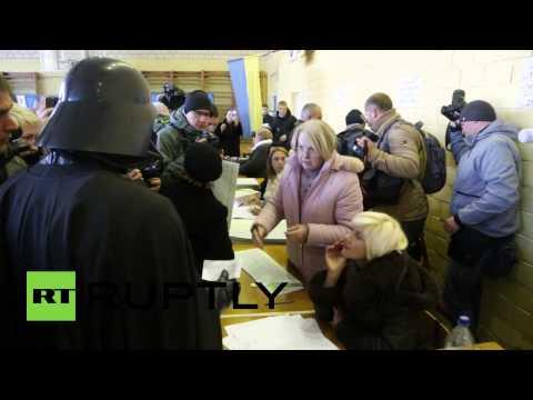 Ucrania: candidato Darth Vader fue impedido de votar