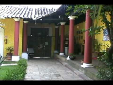 Video Rossco Backpackers Hostel