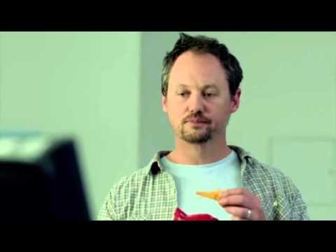 Video: The most bizarre Super Bowl 50 ad?