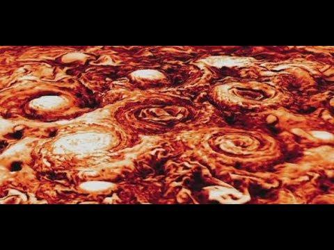 Weltall: Raumsonde Juno fotografiert Stürme auf de ...