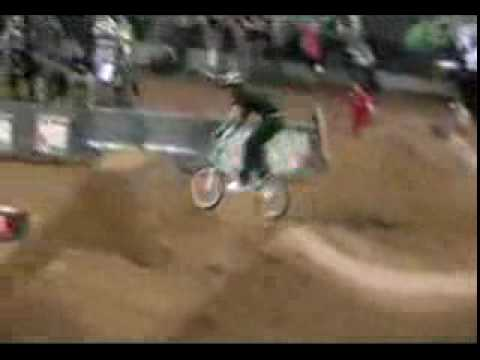 Doble BackFlip en bicicleta