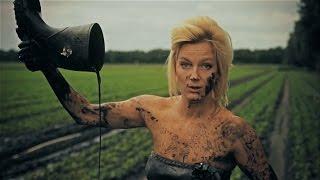 Download Lagu Bootleg Betty - A Song called Wanda (official video) Mp3