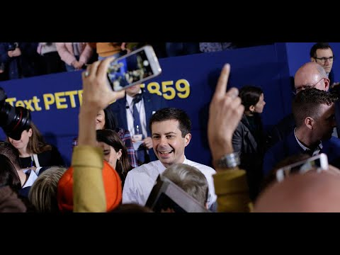 PORTRAIT - Pete Buttigieg, candidat déjà historique à la Maison-Blanche