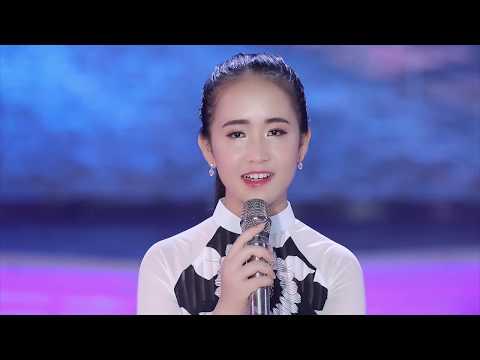 Phố Đêm - Thần Đồng Bolero Kim Chi (Thần Tượng Tương Lai) [MV Official] - Thời lượng: 6:03.