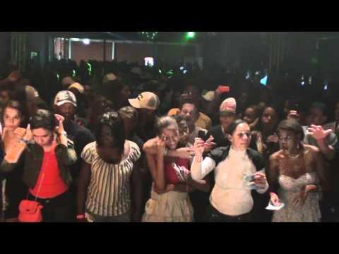 YURI BH AO VIVO EM CAETÉ-MINHA VÓ-DIA 16/10/2011