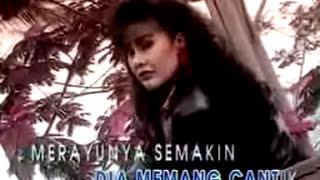 Download Video Elvy Sukaesih - Bisik Bisik Tetangga [OFFICIAL] MP3 3GP MP4