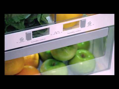 Electrolux Luxury Close Dual Humidity Controlled Crisper Drawer