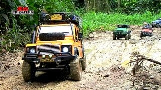 Video Mudding! 15 Scale trucks RC offroad adventures at Bangkit Road Trail - SCX10 Land Rover Defender MP3, 3GP, MP4, WEBM, AVI, FLV Mei 2019