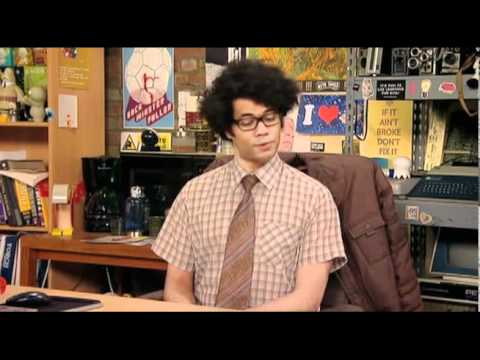 The IT Crowd - Moss loses his cool and CURSES like a madman!