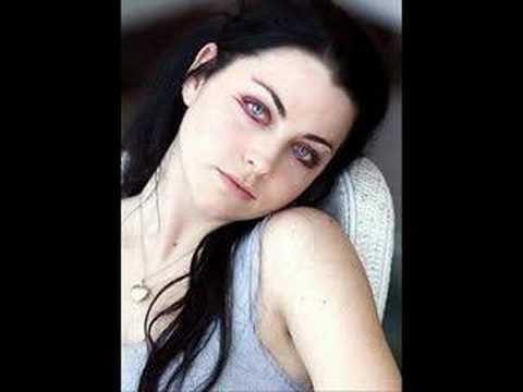 Tekst piosenki Evanescence - So close po polsku